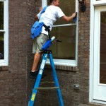 cleaningExteriorWindows_Carondelett